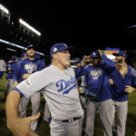 Emotional Hernandez has 3 HRs, lifts Dodgers to World Series