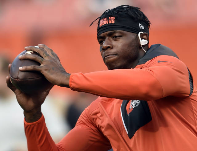 """FILE - In this Sept. 1, 2016, file photo, Cleveland Browns wide receiver Josh Gordon warms up before an NFL preseason football game against the Chicago Bears in Cleveland. On the cusp of his return from NFL suspension, Browns wide receiver Josh Gordon says he used drugs or alcohol before every game of his career, Monday, Nov. 6, 2017. Gordon, who was reinstated on a conditional basis last week by Commissioner Roger Goodell, tells GQ magazine he drank or smoked marijuana before games. He added """"a bunch of guys smoke weed before the game."""" (AP Photo/David Richard, File)"""