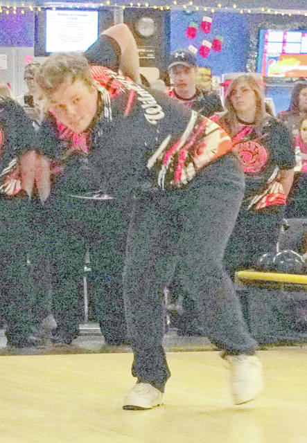 Grant Pickard had a 552 series and led Wilmington Wednesday at the Division I Sectional bowling tournament. He qualified for the district tournament along with teammate Tristan Reiley.
