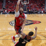 NBA Roundup: 76ers' Simmons has triple-double vs. Heat; Pelicans advance