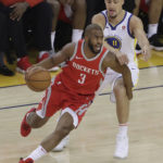 Curry comes alive to score 35, Warriors rout Rockets by 41