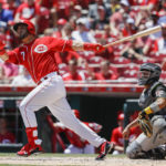 Suarez's grand slam leads Reds over slumping Pirates 5-4
