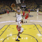 Klay Thompson has 35, Warriors force Game 7 in West finals