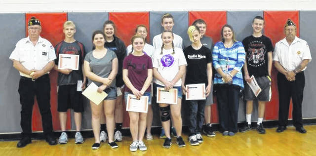 East Clinton Middle School held its Academic Awards Ceremony on Wednesday, May 23 in the middle school gym. VFW winners were (in no particular order) Paige Harrell, Josie Runk, Tessa Bosier, Jon Fast, Michael Horn, Ana Malone, Kenton Deaton, Justin Arnold, Jayson Edison and Van Frye, shown with teacher Peggy Jeffries and VFW representative Brady Stevens. More photos of ECMS students who earned 2017-18 honors will appear in the News Journal at a later date.