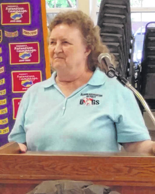 Truie Davis spoke about companion dogs at the Lions Club meeting.