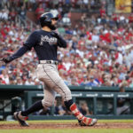 LEADING OFF: Cards move on from Matheny, skidding Braves
