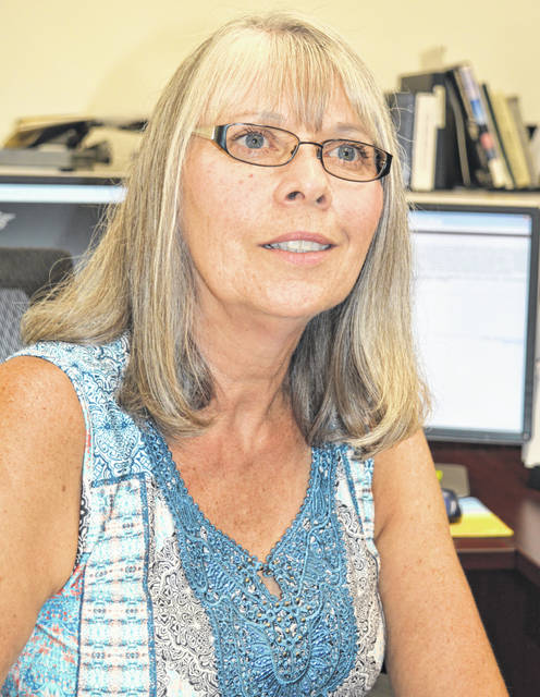 Clinton County Recorder Brenda Huff has asked for another meeting with commissioners to discuss a staffing issue.